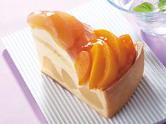 洋梨と黄桃のタルト